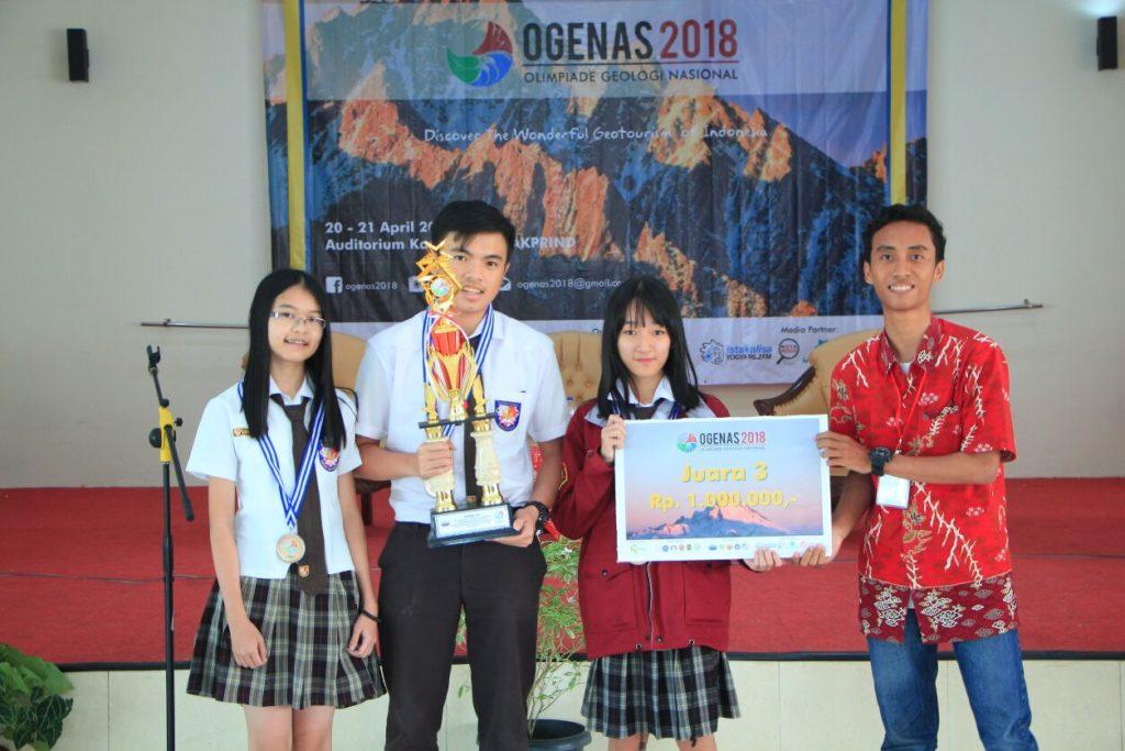 Juara 3 OGENAS - Teknik Geologi IST AKPRIND Yogyakarta