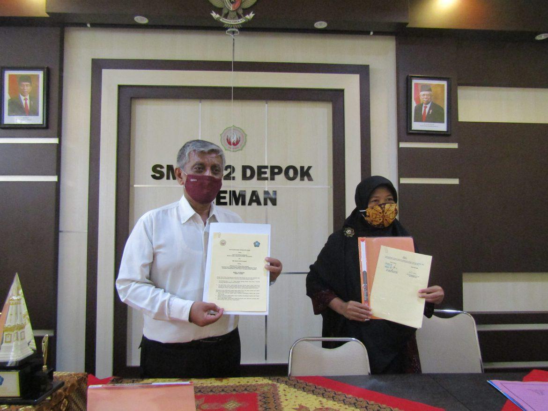 Fakultas Teknologi Mineral IST AKPRIND Tandatangani Kerjasama dengan SMK Negeri 2 Depok Yogyakarta